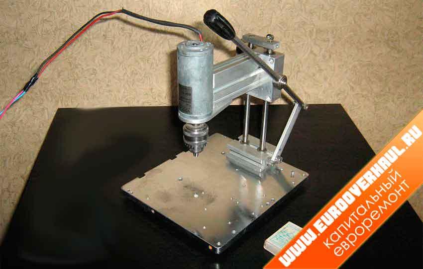 Сверлильный станок для печатных плат своими руками.
